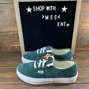 Vans Authentic in green Suede Womens Shoes